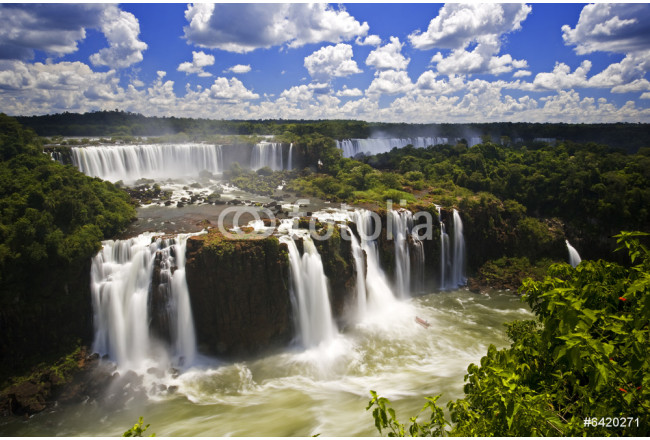Iguassu Falls is the largest series of waterfalls on the planet, 64239
