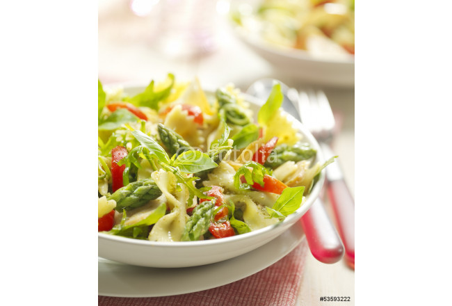 pasta salad with asparagus and tomato 64239