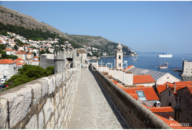 Old fortified city wall of Dubrovnik, Croatia 64239