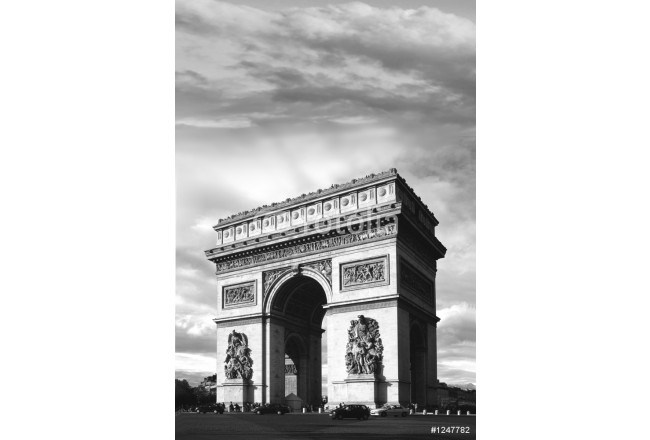 Painting triomphe in b&w 64239