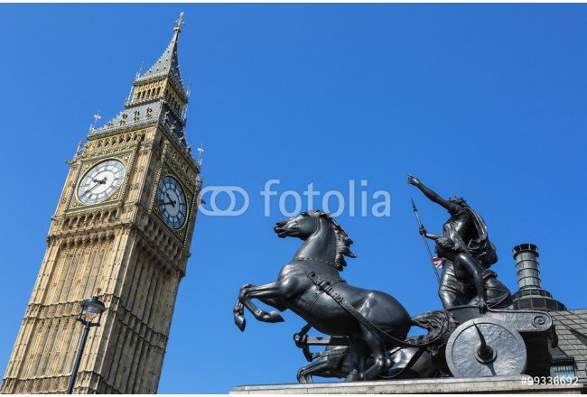 England,London,Westminster,Big Ben, statue of Bodicea in foregro 64239