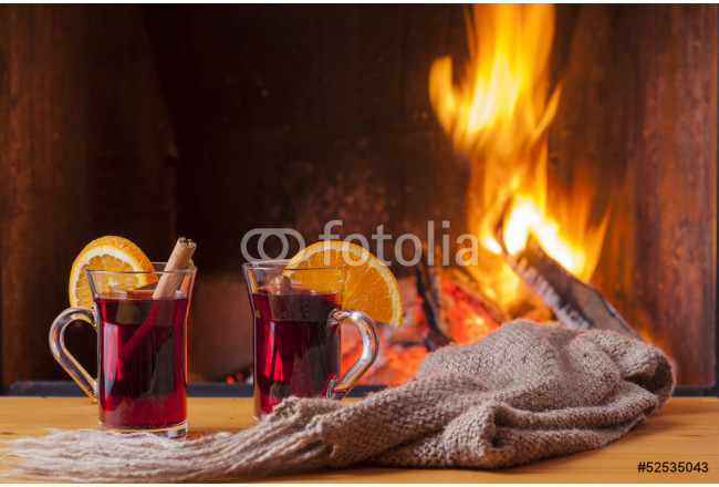 Art painting drinks at cozy fireplace 64239