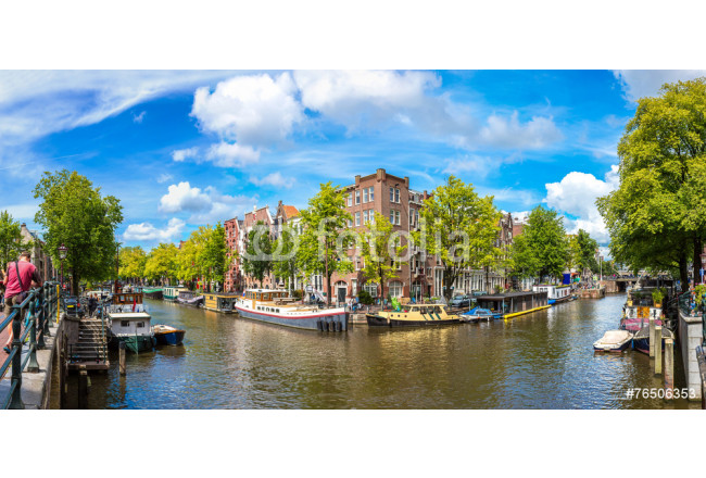 Art painting Canal and bridge in Amsterdam 64239