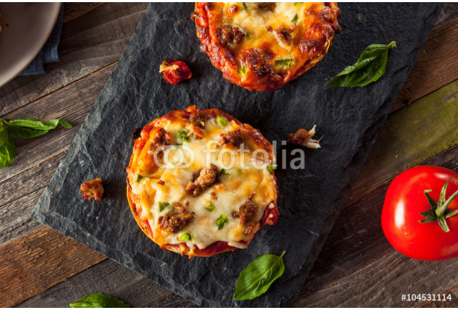 Sausage and Pepper Pizza Bagels 64239
