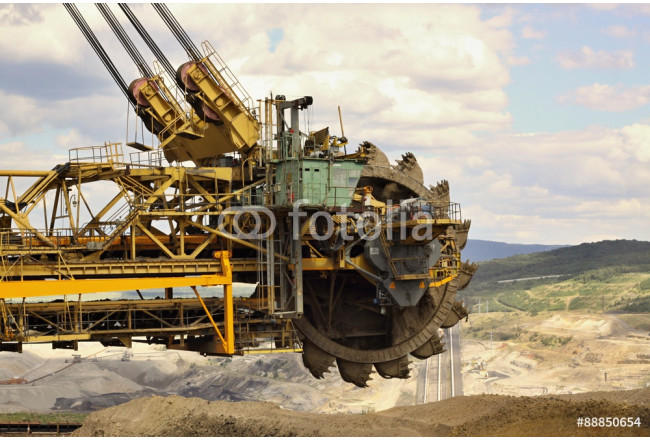 extraction of soil and detail of excavator 64239