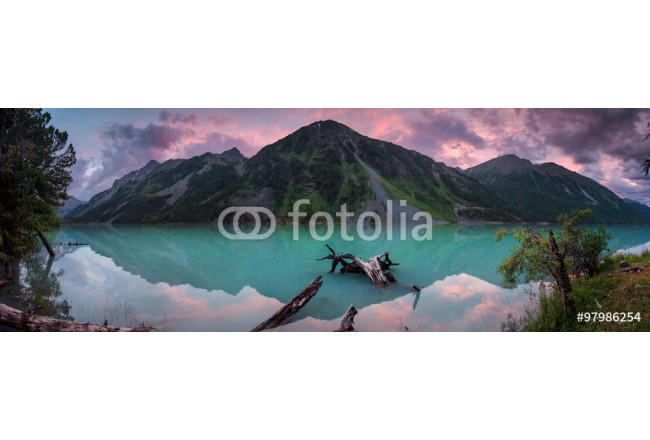 Panorama of beautiful lake in mountain valley 64239