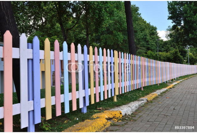 colorful fence,many colors of the wood 64239