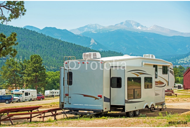 RV Fifth Wheel Camping 64239