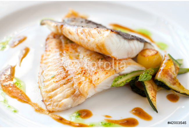 Grilled turbot fish with vegetables. 64239