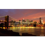 Brooklyn Bridge mit Skyline bei Nacht 64239