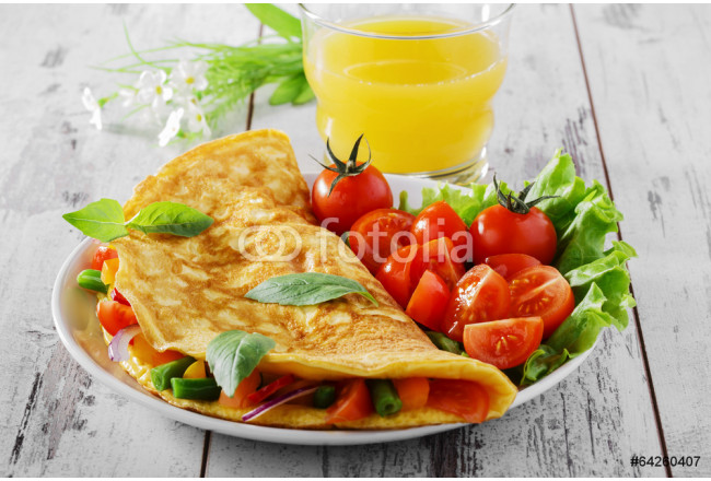 omelet with vegetables and cherry tomatoes 64239