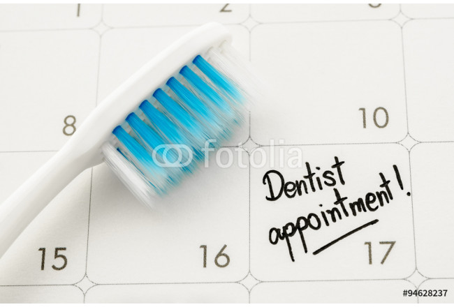 "Reminder ""Dentist appointment"" in calendar. 64239"