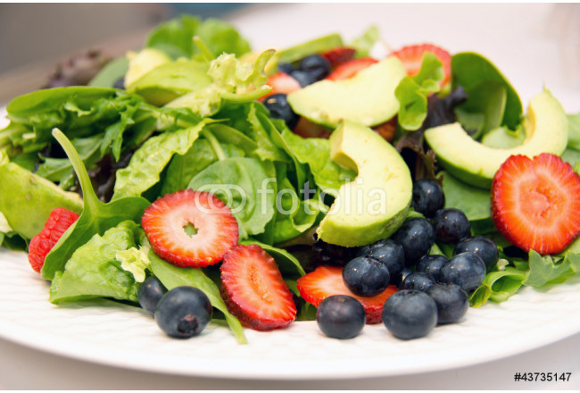 Lettuce salad with fruit 64239