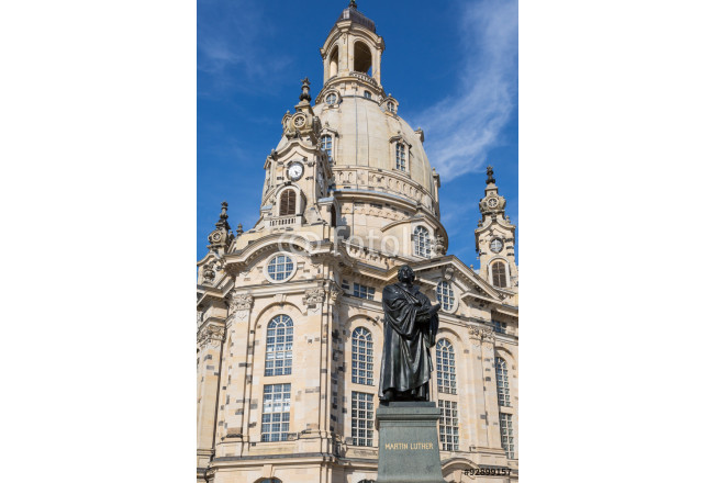 Statue of Martin Luther in front of Frauenkirche in Dresden, Ger 64239