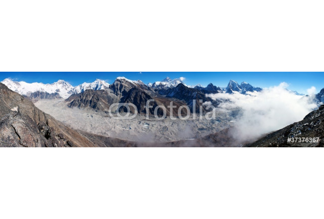 view of everest from gokyo ri 64239