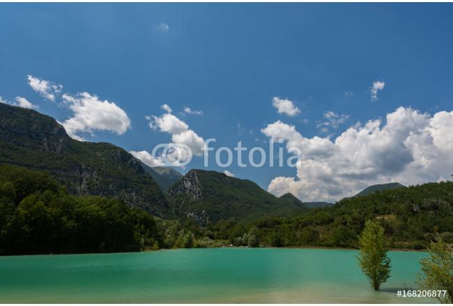 Quadro su tela castel san vincenzo is il lago scopri