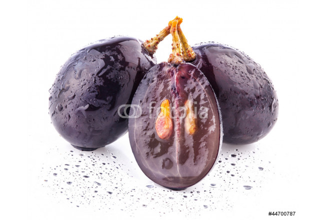 Dark grapes, with clipping path Isolated on white background 64239