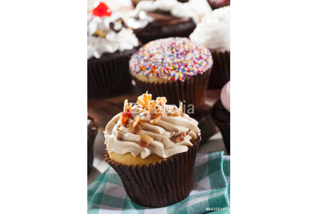 Assorted Fancy Gourmet Cupcakes with Frosting 64239