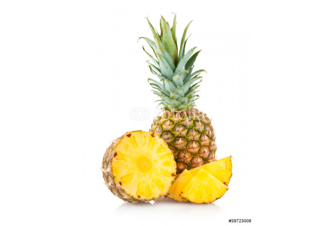 pineapple with slices 64239