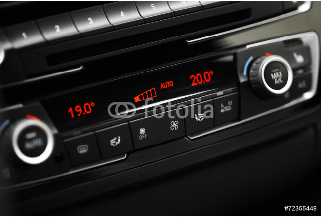 Car air conditioning 64239