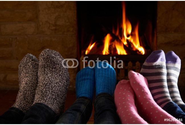 Art painting Family Warming Feet By Fire 64239