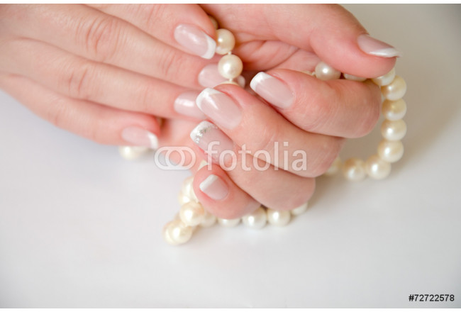 French manicure 64239