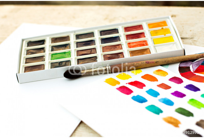 Workplace artist - paper, paint, brushes, color wheel. 64239
