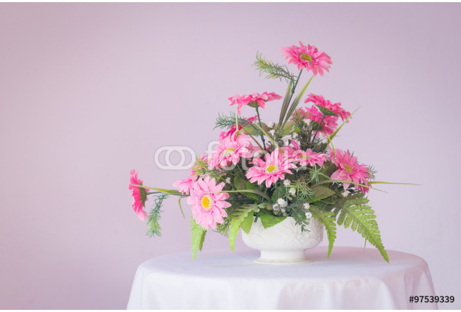 artificial flowers made from Plastic in vase 64239