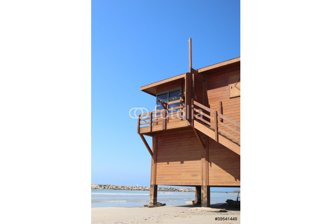 Obraz nowoczesny The lifeguard booth at the beach 64239