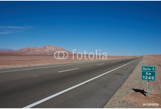 Route 5 through the Atacama Desert in northern Chile 64239