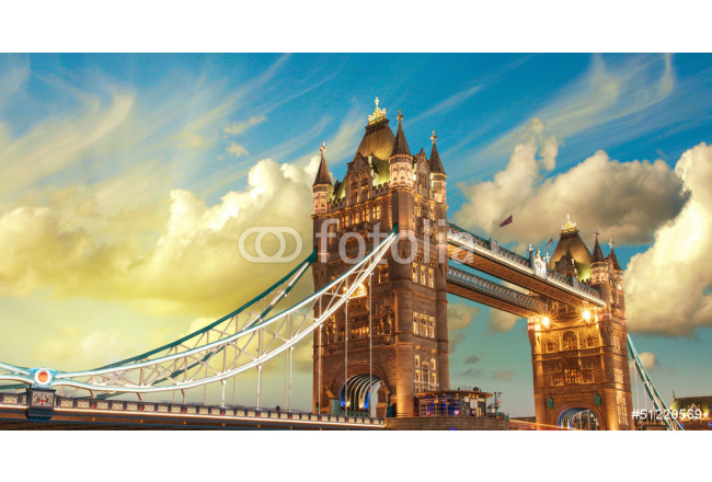 London, The Tower Bridge lights show at sunset 64239